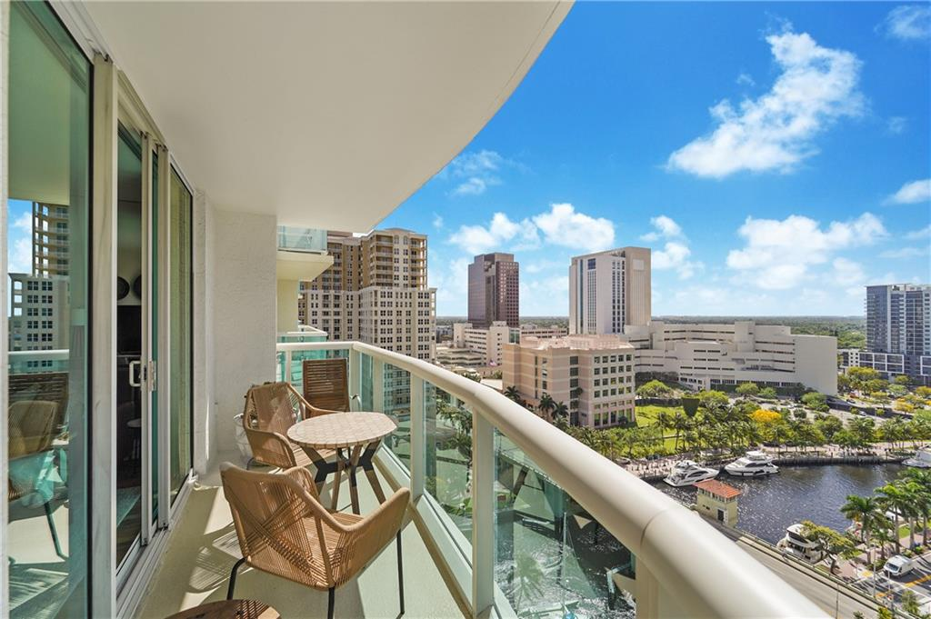 LIVE THE LAS OLAS LIFESTYLE! UPGRADED 1BR/1BTH WITH **UNOBSTRUCTED DIRECT RIVER/CITY/SUNSET VIEWS** FROM THE SPACIOUS GLASS BALCONY. FEATURES INCLUDE GOURMET KITCHEN WITH GRANITE COUNTERTOPS, ALL NEW STAINLESS PRINT RESISTANT APPLIANCES, REFINSHED GRAY CABINETS THROUGHOUT WITH FRONT DOOR TO MATCH, WIDE PLANK NEUTRAL FLOORING WITH TALL BASEBOARDS, MODERN LIGHTING, NEST THERMOSTAT, NEW CONTEMPORARY TOILET, NEW WASHER/DRYER, FRAMELESS GLASS SHOWER DOORS, WALK IN CLOSETS, LIVING/DINING AREA WITH FLOOR TO CEILING DOORS OPENING TO THE BALCONY. FULL SERVICE BLDG WITH 5* LIFESTYLE INCLUDE CONCIERGE, TROPICAL POOL DECK/HOT TUB, CLUBROOM, BUSINESS CENTER, THEATER, PET FRIENDLY, 2 STORY GYM, 24 HR VALET/SECURITY. ALL WALKING DISTANCE TO ALL RESTAURANTS, SHOPS, ART EVENTS AND FAMOUS LAS OLAS BLVD LIVE THE LAS OLAS LIFESTYLE! UPGRADED 1BR/1BTH WITH **UNOBSTRUCTED DIRECT RIVER/CITY/SUNSET VIEWS** CHECK OUT THE VIDEO.. https://youtu.be/DryaNS2q35U