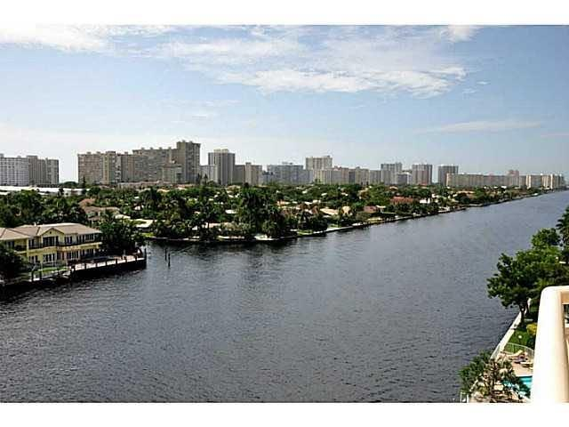 Pilot House is a highly desirable resort style building on the intracoastal. You can see the intracoastal, ocean and canal from this well maintained unit. Balcony connects from living room, master BR Walk to restaurants/shopping/nightlife or stroll across the bridge to the beach. New granite kitchen countertops. Impact doors and windows. Pet friendly (25 lb limit). Building rents boat space on two very large deep water docks. Onsite management, reserves, secure, friendly. Washer-dryer in the unit. Luxury amenities include heated pool on the intracoastal.