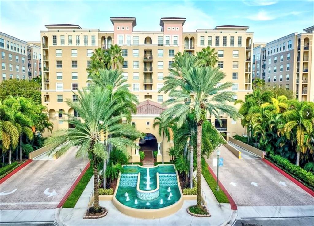 Don't miss this 1/1 in sought after Las Olas by the River. This condo is located within walking distance to all Fort Lauderdale has to offer. Located on the 3rd floor, the condo has beautiful views off the balcony which is accessible through both the bedroom and family room. Amenities include a resort style pool with areas to grill, a fitness center, billiards room, business center a covered garage parking spot. Property is pet friendly and can be rented immediately. Water Heater was replaced is 2018 and AC in 2017.
