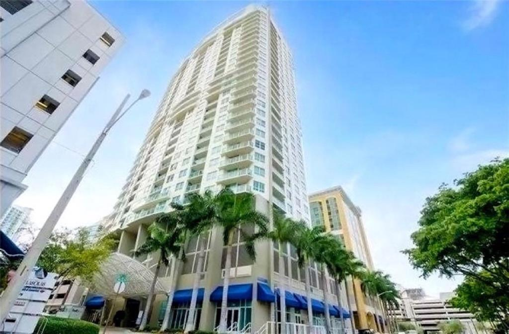 Immaculate furnished two bedroom, 2 baths at 350 Las Olas Place in downtown Fort Lauderdale right off Las Olas Boulevard. Available for seasonal lease as well, with a minimum of 4 months. Available right away and upon association approval. Wood flooring throughout residence with en-suite bathrooms for both bedrooms. Full service building with rooftop pool, gym, BBQ, sauna, club room, business center and movie theater. Comcast package is included in rent (high speed internet, HD TV channels incl. HBO & Showtime). No pets for tenants as per association.