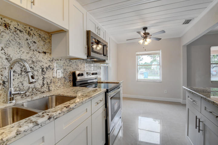 Property is completely renovated.New roof, new paint, new Kitchen , New tile floor,New bathroom.No dogs please ..............