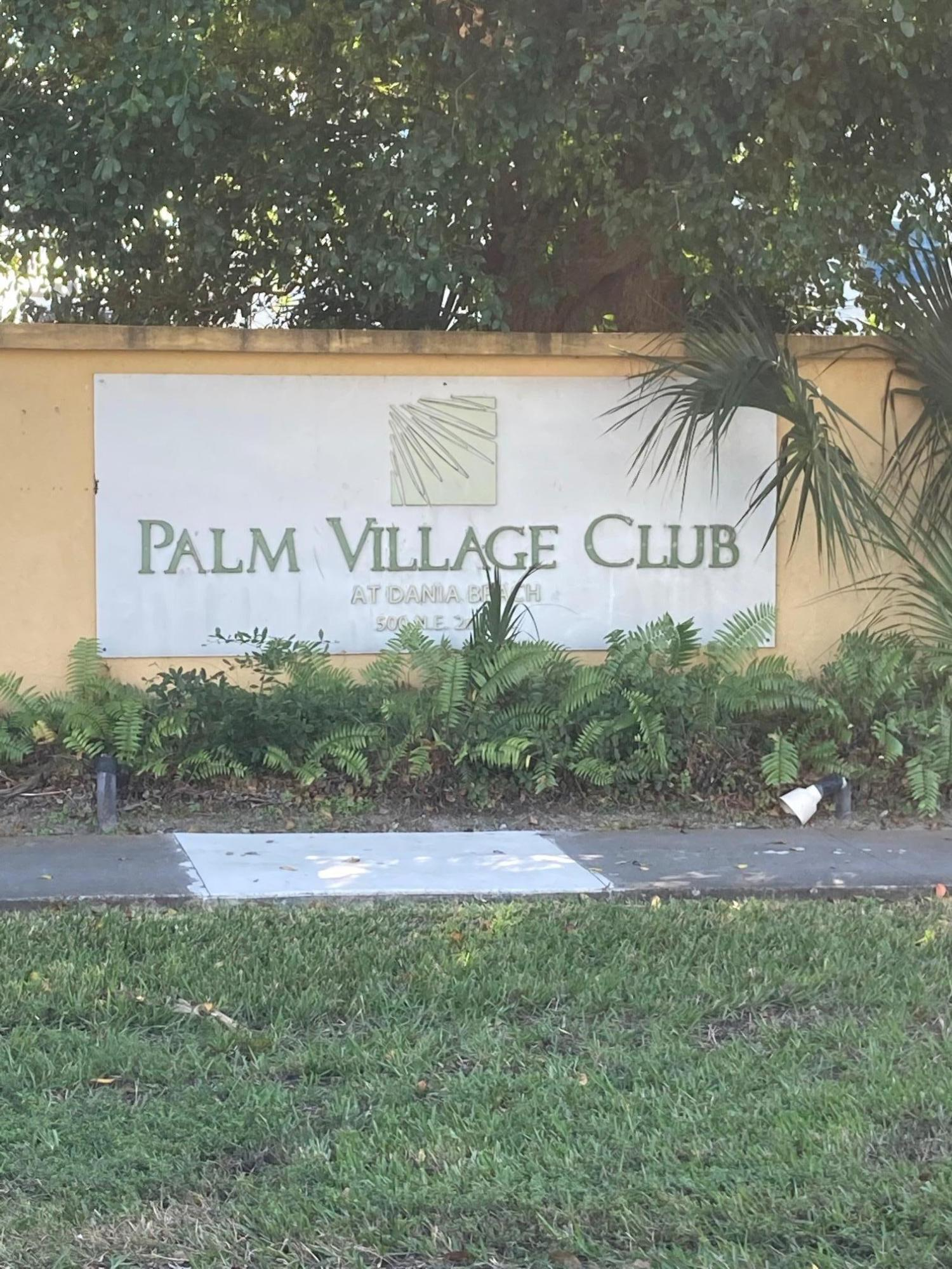 The unit is within minutes of  Ft. Lauderdale-Hollywood  international Airport . The building is under major renovations, an increase in potential market value is expected once completed.  $495.00/month maintenance fee . The seller will pays the special assessment at closing . CASK OFFER ONLY,DUE TO THE CONDITION OF THE PROPERTY.Vacant on combo lockbox. schedule online only.