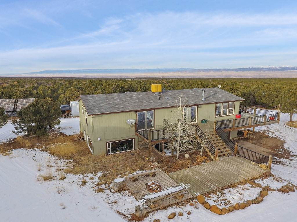 599 Dave Wood Road, Montrose, CO 81403