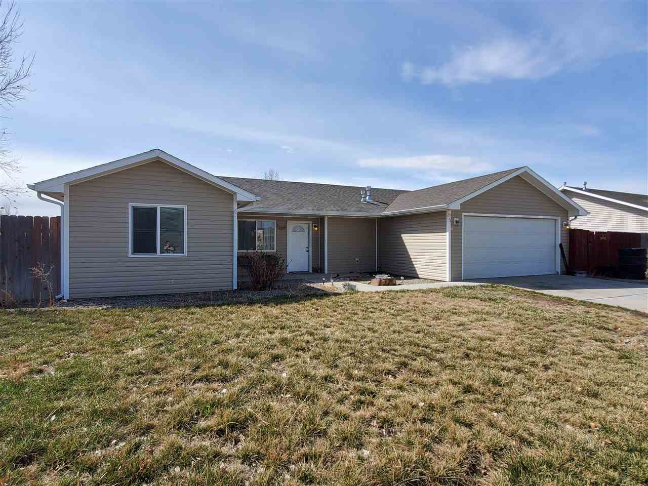 3267 1/2 F 1/2 Road, Clifton, CO 81520