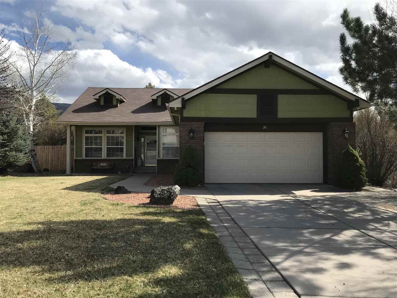 30 Hawthorne Way, Parachute, CO 81635