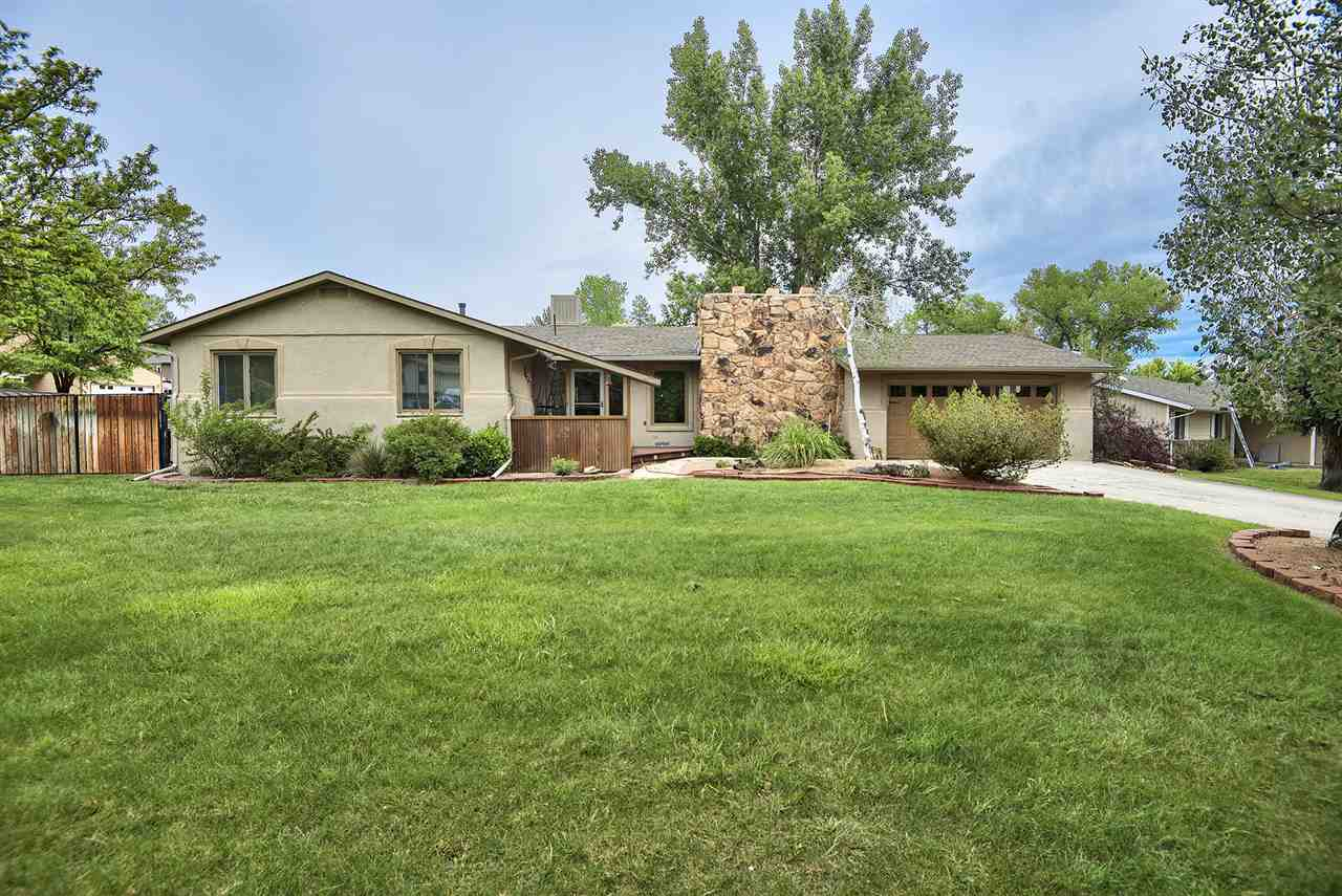 389 W Valley Circle, Grand Junction, CO 81507