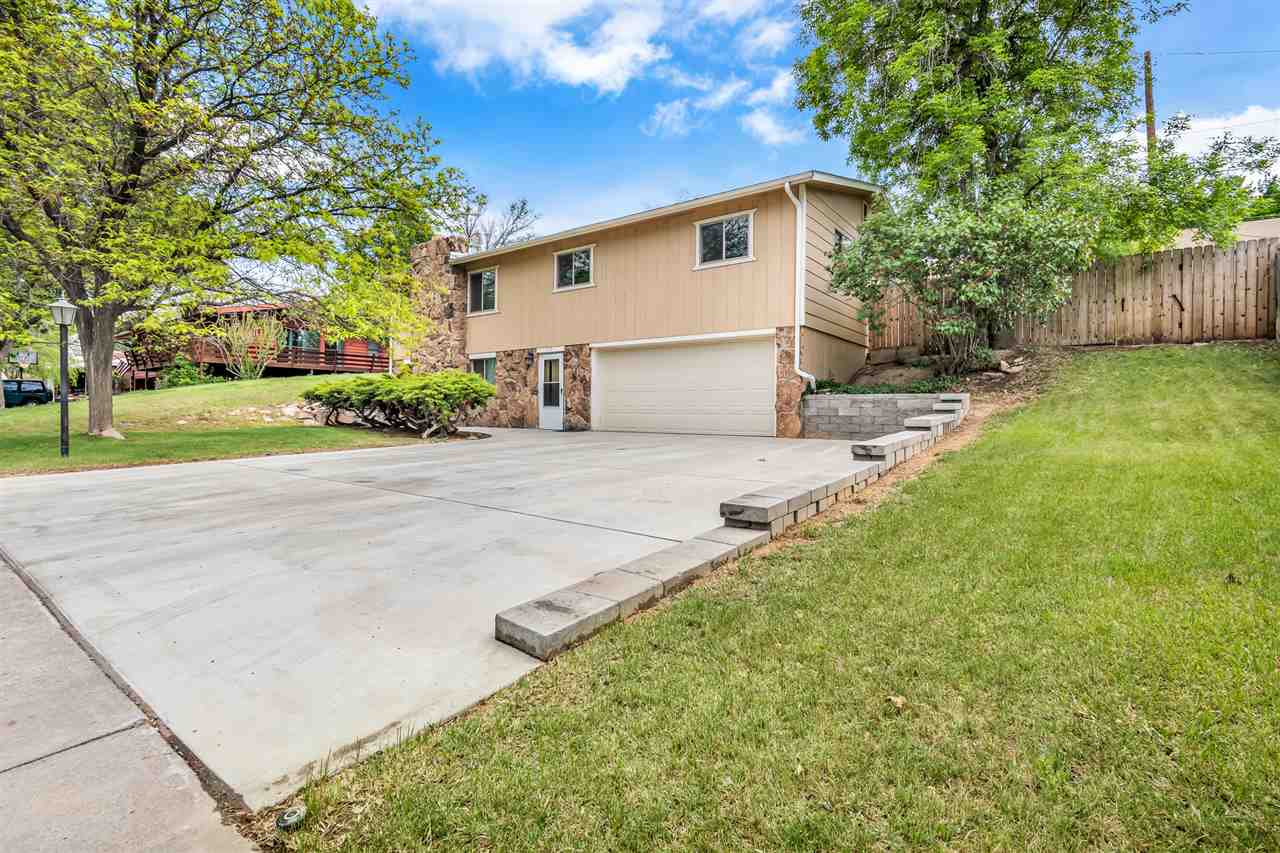 213 Willowbrook Road, Grand Junction, CO 81506