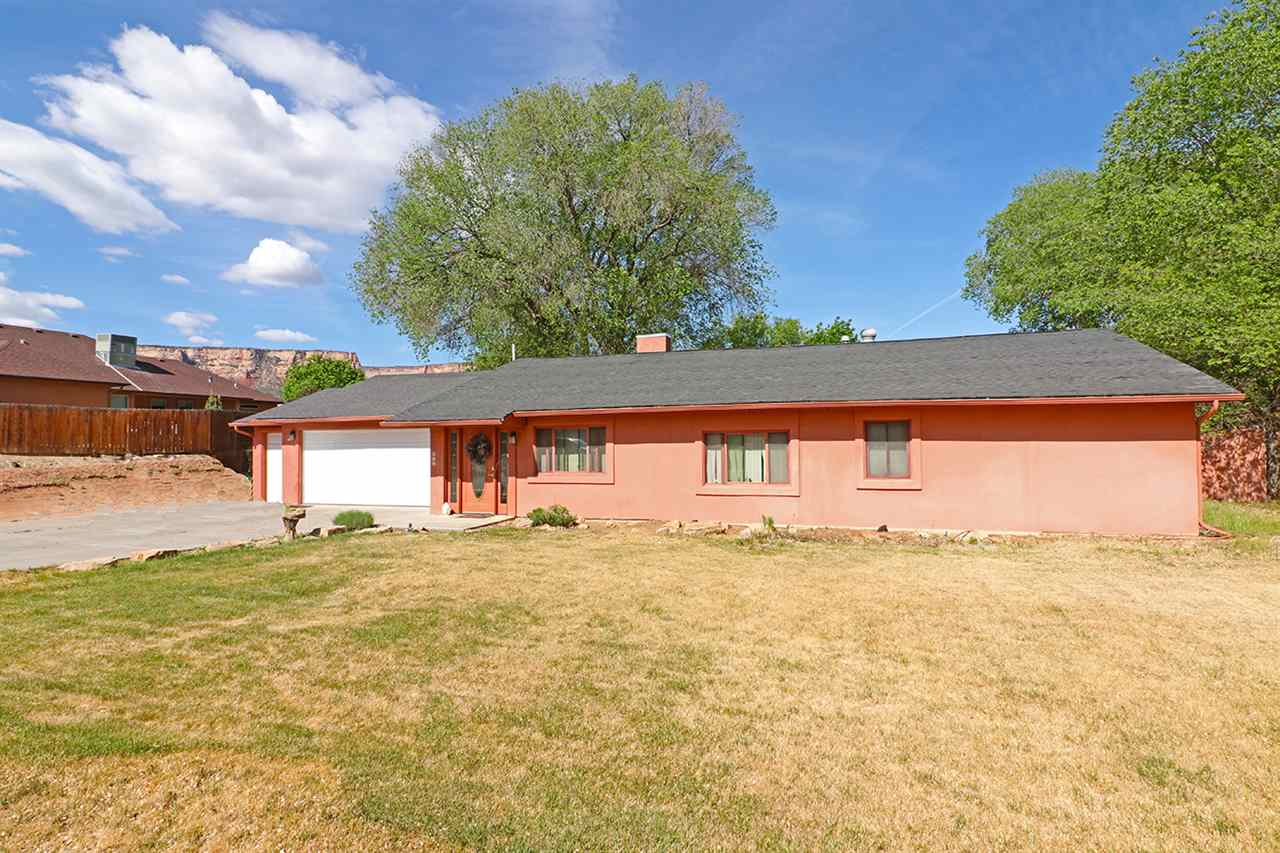 657 20 1/2 Road, Grand Junction, CO 81507