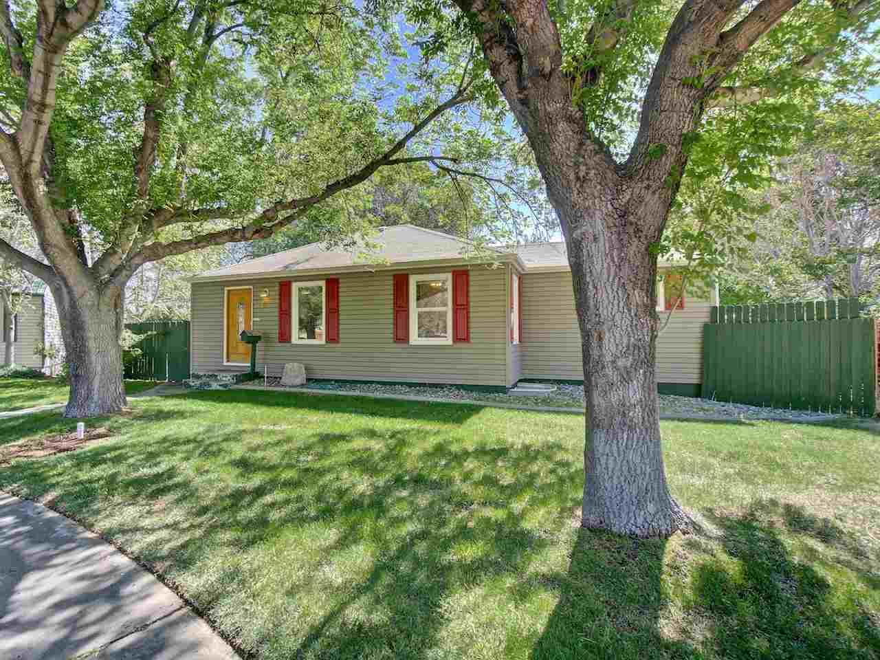 1736 N 18th Street, Grand Junction, CO 81501