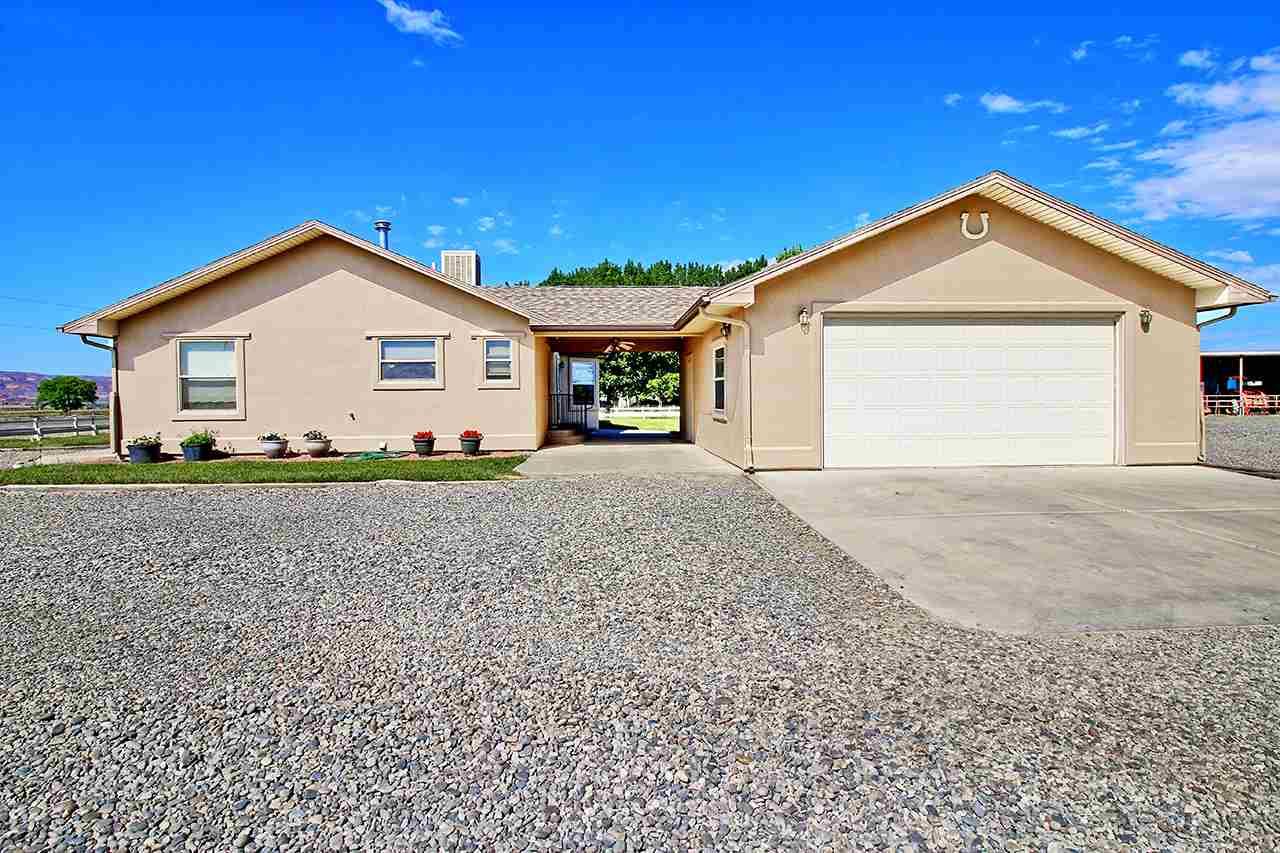 1545 16 Road, Loma, CO 81524