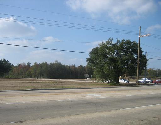 Land for Active at 200 S MORRISON Boulevard Hammond, Louisiana 70401 United States
