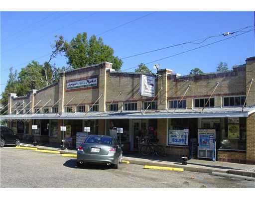 Comercial por un Venta en 22069 HIGHWAY 59 Highway Abita Springs, Louisiana 70420 Estados Unidos