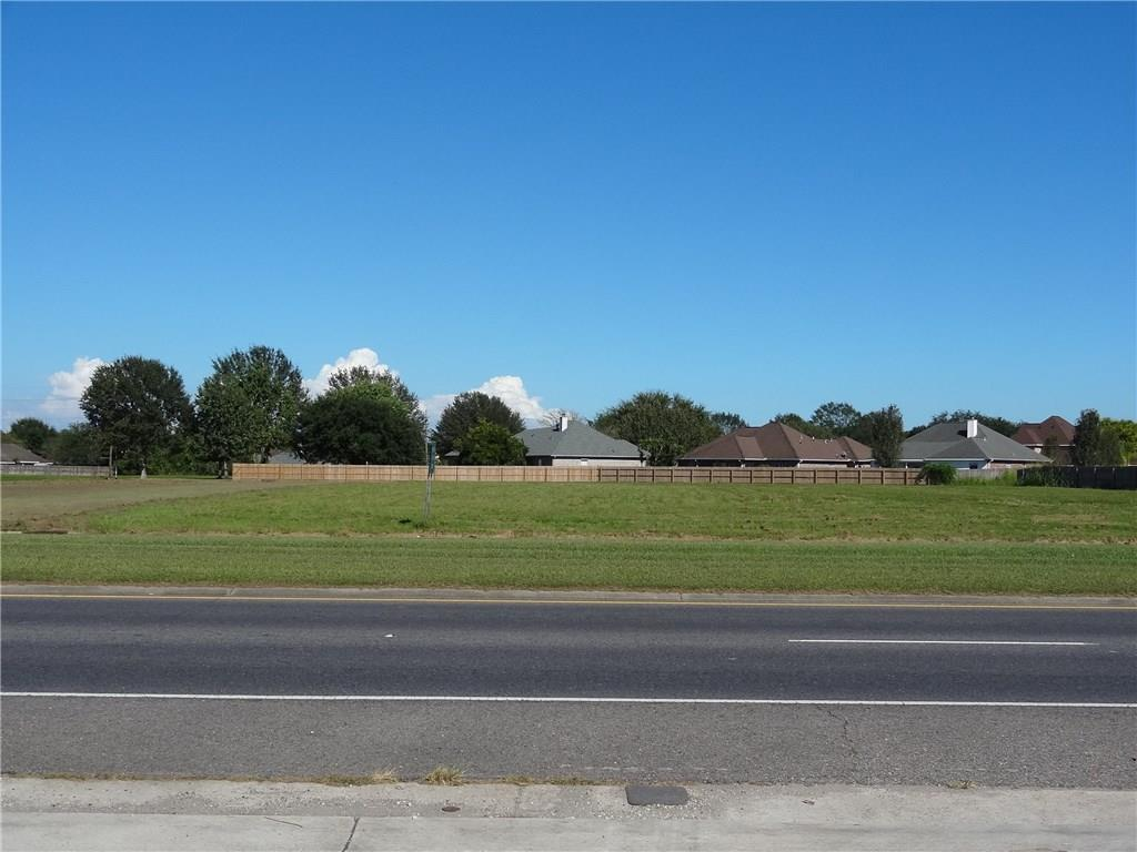 Land for Active at BELLE TERRE Boulevard La Place, Louisiana 70068 United States