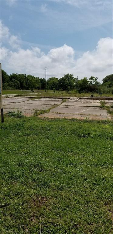 Comercial por un Venta en 42560 HIGHWAY 23 Boothville, Louisiana 70038 Estados Unidos