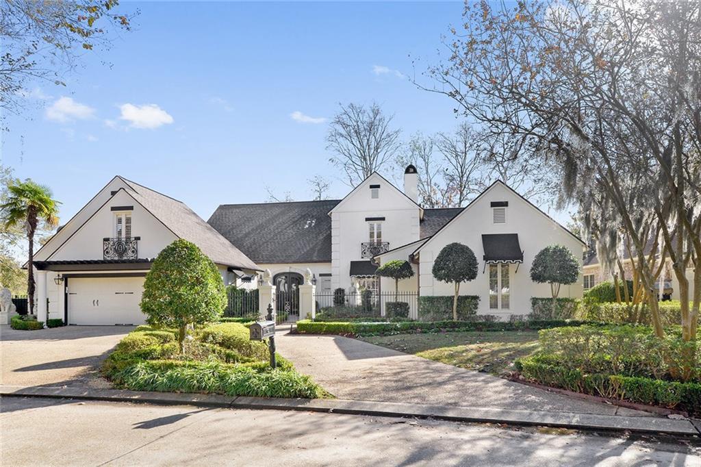 Residencial por un Venta en 17321 MASTERS POINTE Court Baton Rouge, Louisiana 70810 Estados Unidos