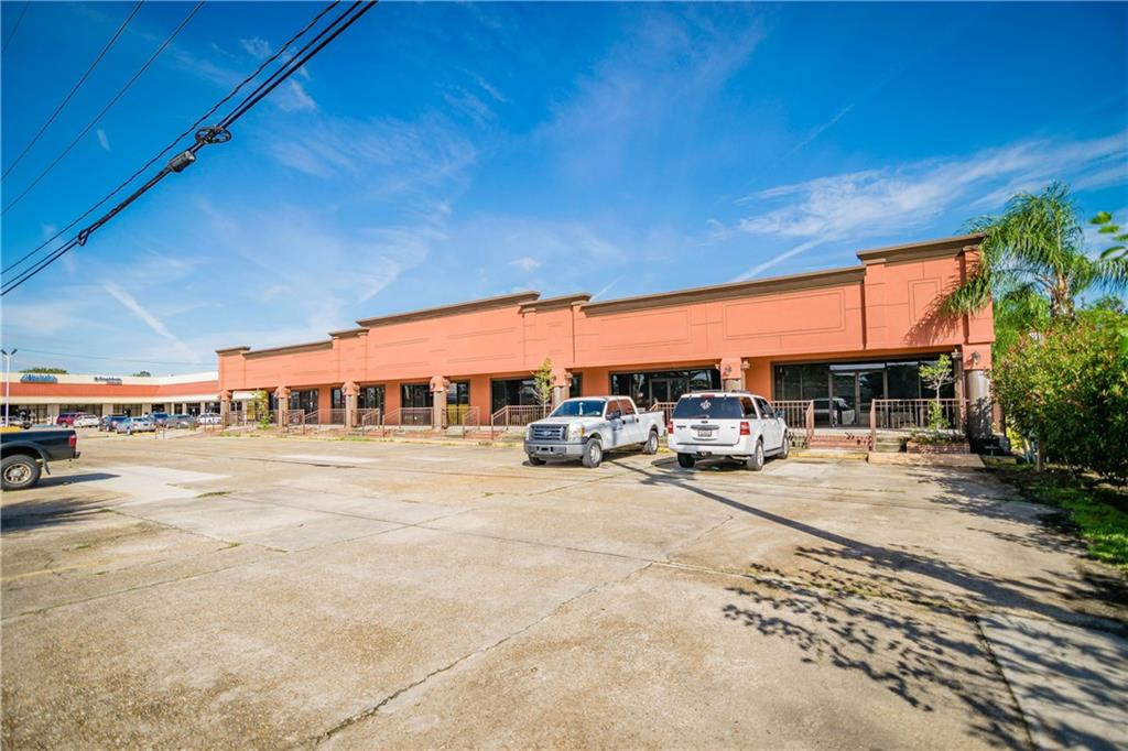 Commercial for Active at 5058 LAPALCO Boulevard Marrero, Louisiana 70072 United States