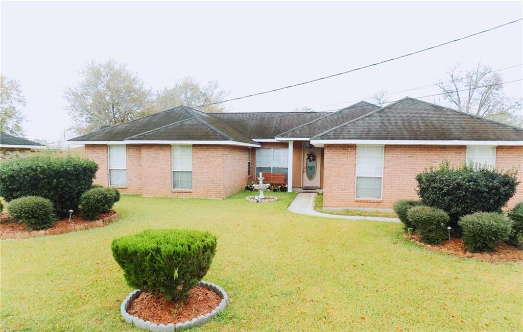 Residential for Active at 3158 ANN Drive Vacherie, Louisiana 70090 United States