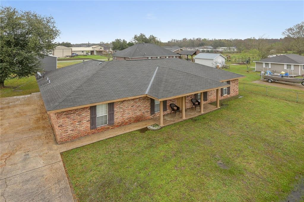 Residential for Active at 13437 MARGARET Street Vacherie, Louisiana 70090 United States