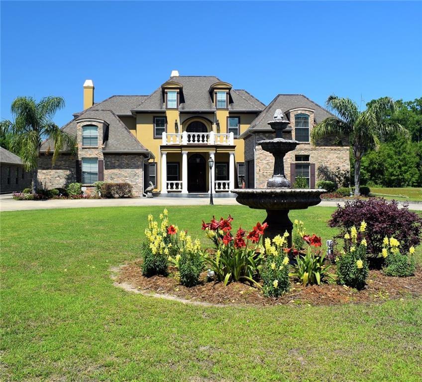 Residencial por un Venta en 844 S FASHION Boulevard Hahnville, Louisiana 70057 Estados Unidos