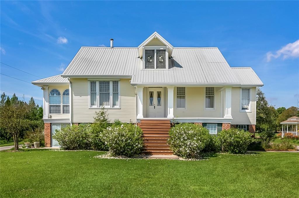 Residential for Active at 166 GAINEY Place Belle Chasse, Louisiana 70037 United States