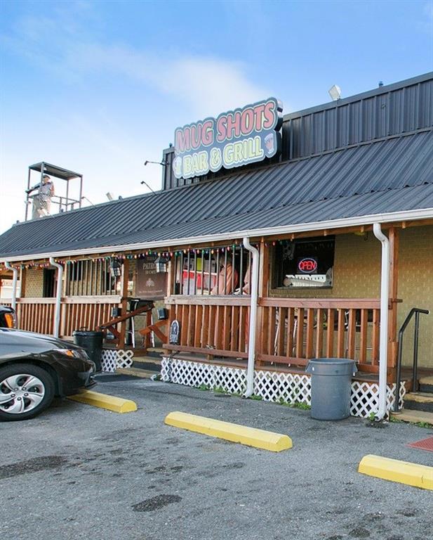 Commercial for Active at 321 LAROUSSINI Street Westwego, Louisiana 70094 United States
