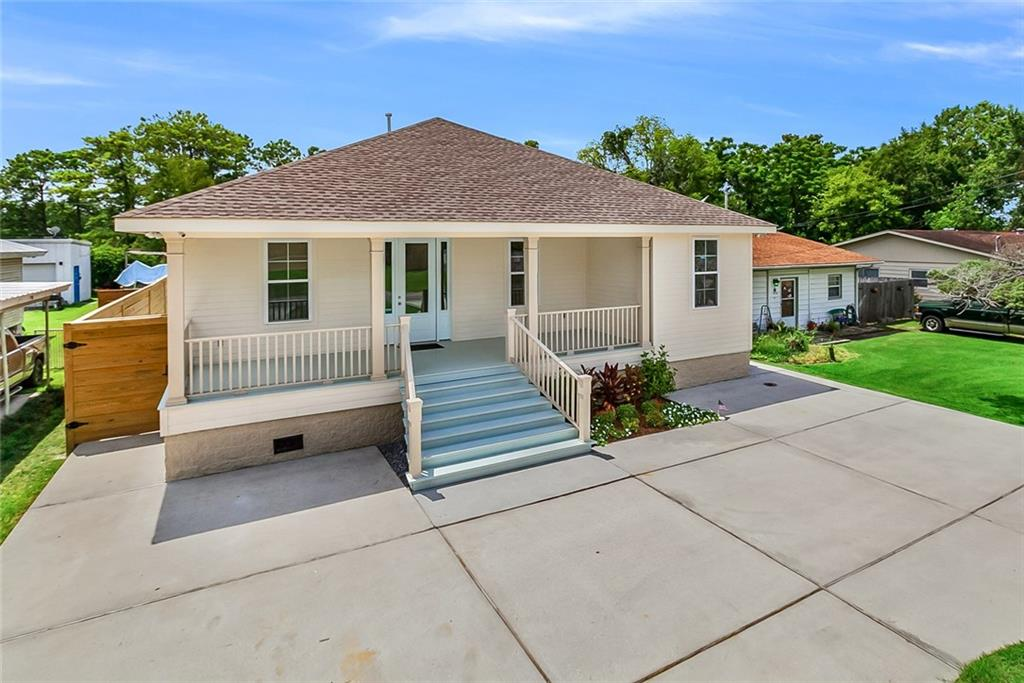 Residential for Active at 2116 HICKORY Avenue Harahan, Louisiana 70123 United States