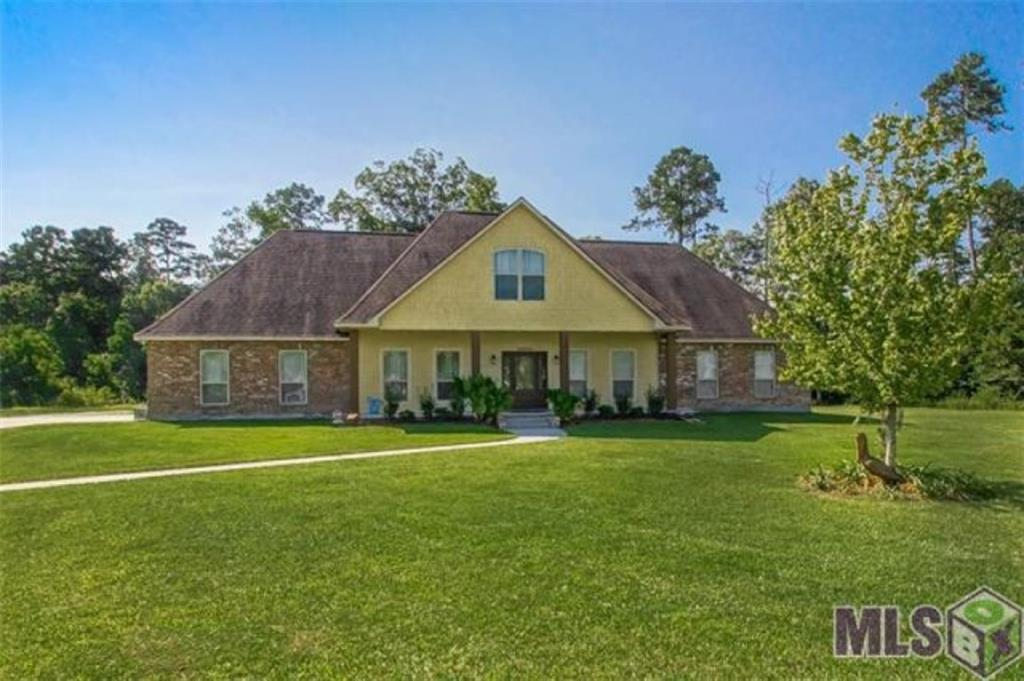 Residential for Active at 29880 MARSH Drive Livingston, Louisiana 70754 United States