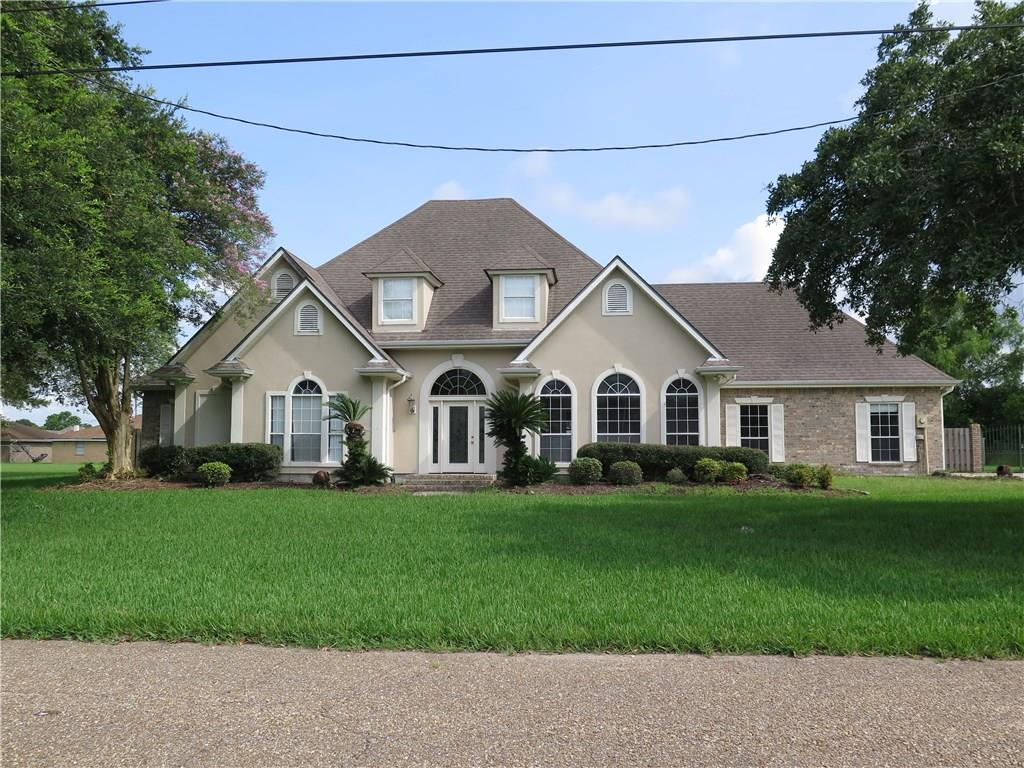 Residential for Active at 2637 FAWNWOOD Road Marrero, Louisiana 70072 United States