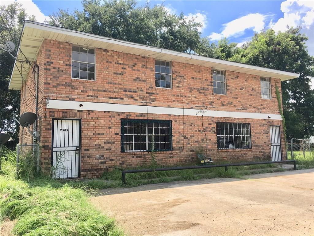 Edificio Residencial por un Venta en 2505 N COURSEAULT Street Lutcher, Louisiana 70071 Estados Unidos