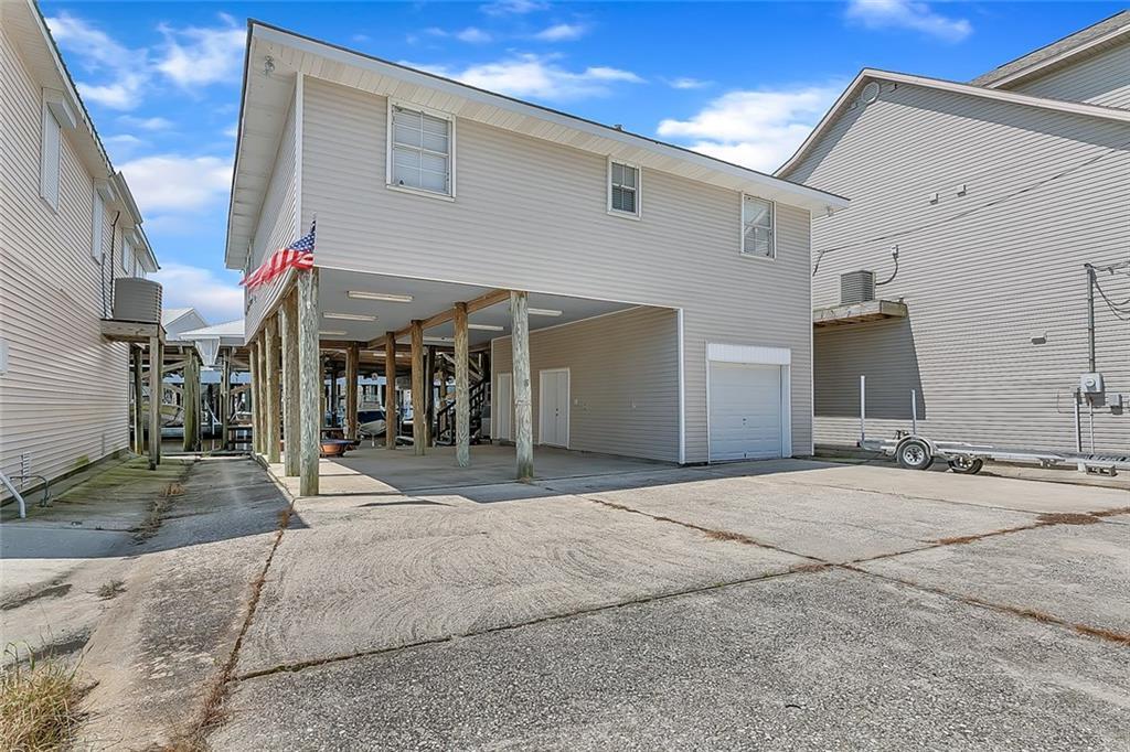 Residencial por un Venta en 6 ALLUVIAL KEY St. Bernard, Louisiana 70085 Estados Unidos