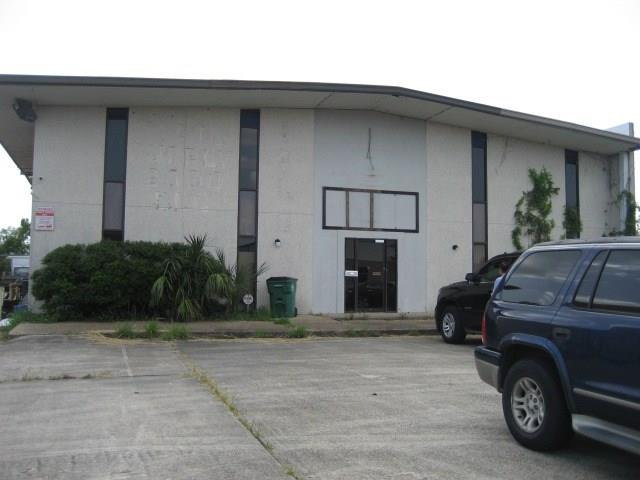 Commercial for Active at 1840 INDUSTRIAL Boulevard Harvey, Louisiana 70058 United States