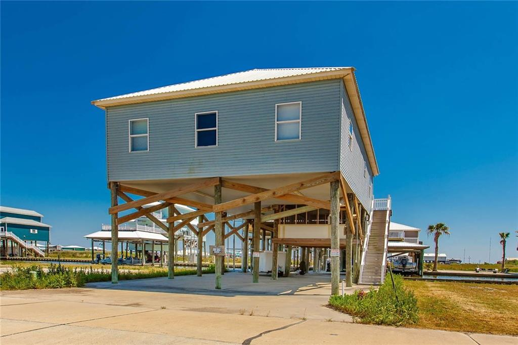 Residential for Active at 129 PIER 4 Court Chauvin, Louisiana 70344 United States