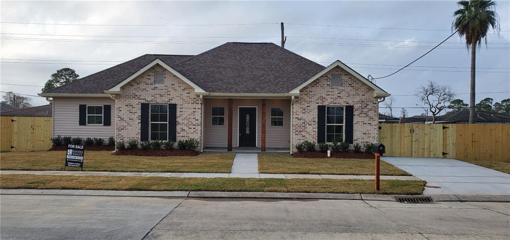 住宅 为 销售 在 2220 MERAUX Lane Violet, 路易斯安那州 70092 美国