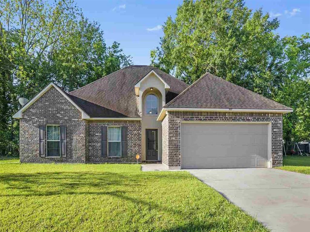 Residencial por un Venta en 527 E GREAT HAVEN Street Gonzales, Louisiana 70737 Estados Unidos