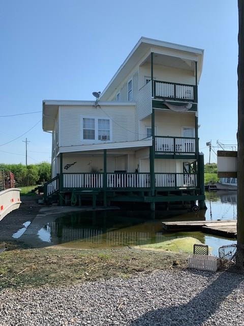 Residencial por un Venta en 267 MARTIN Lane Port Sulphur, Louisiana 70083 Estados Unidos