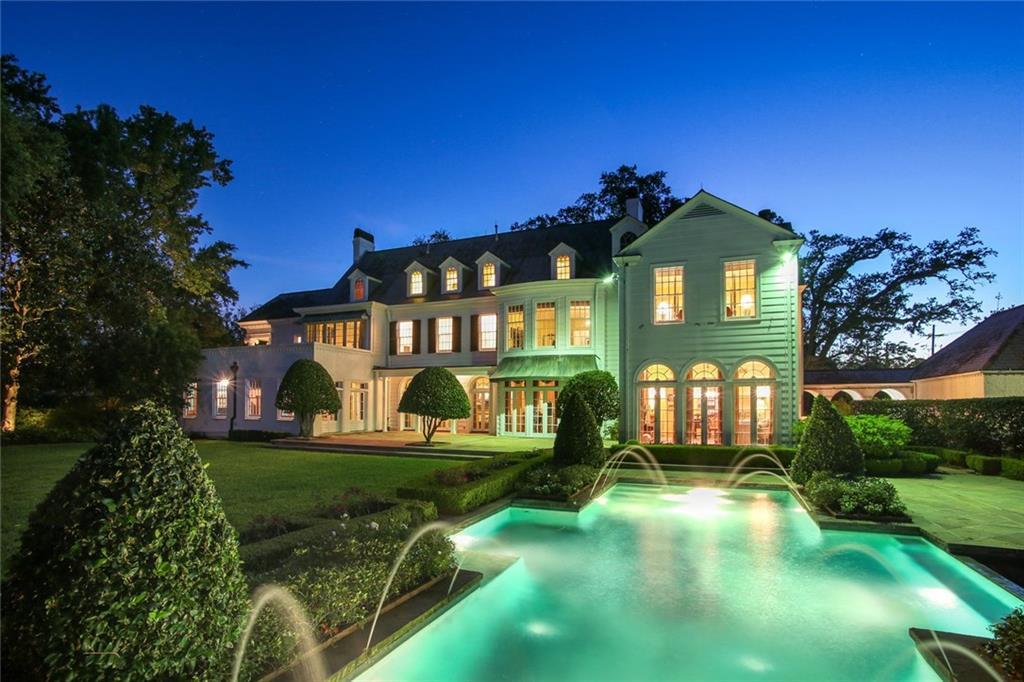 住宅 为 销售 在 1 GARDEN Lane 新奥尔良, 路易斯安那州 70124 美国
