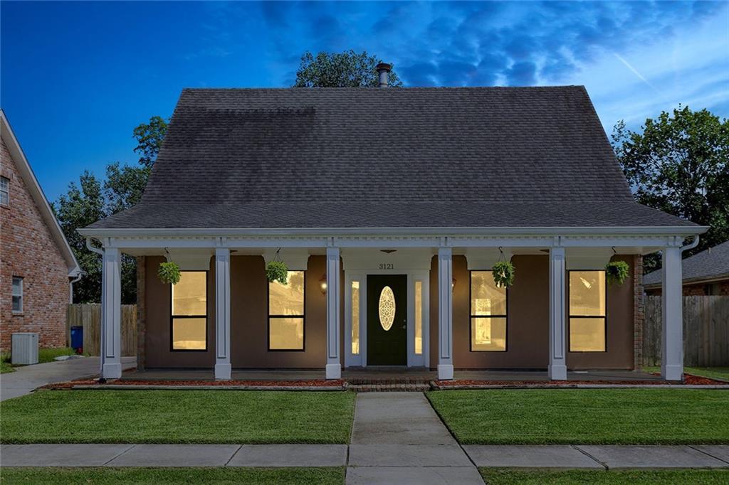 住宅 为 销售 在 3121 LAKEWOOD Drive Violet, 路易斯安那州 70092 美国