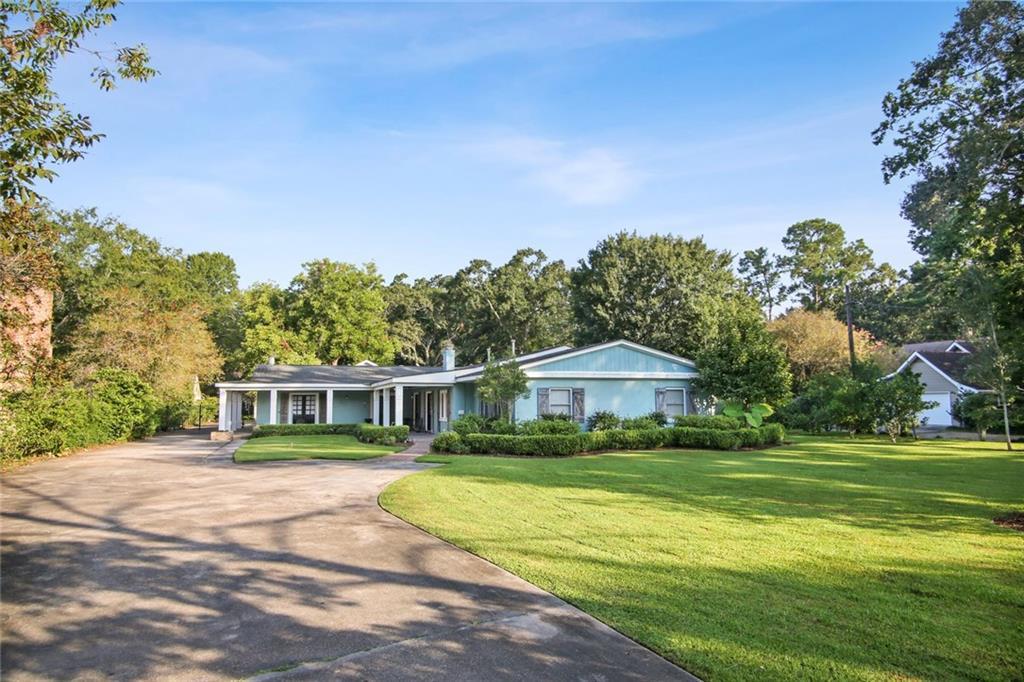 Residencial por un Venta en 294 GARDEN Road River Ridge, Louisiana 70123 Estados Unidos