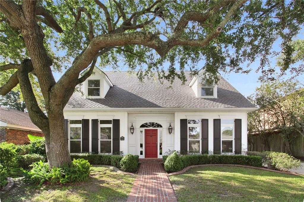 Residential for Active at 7500 WINDSOR Drive Harahan, Louisiana 70123 United States