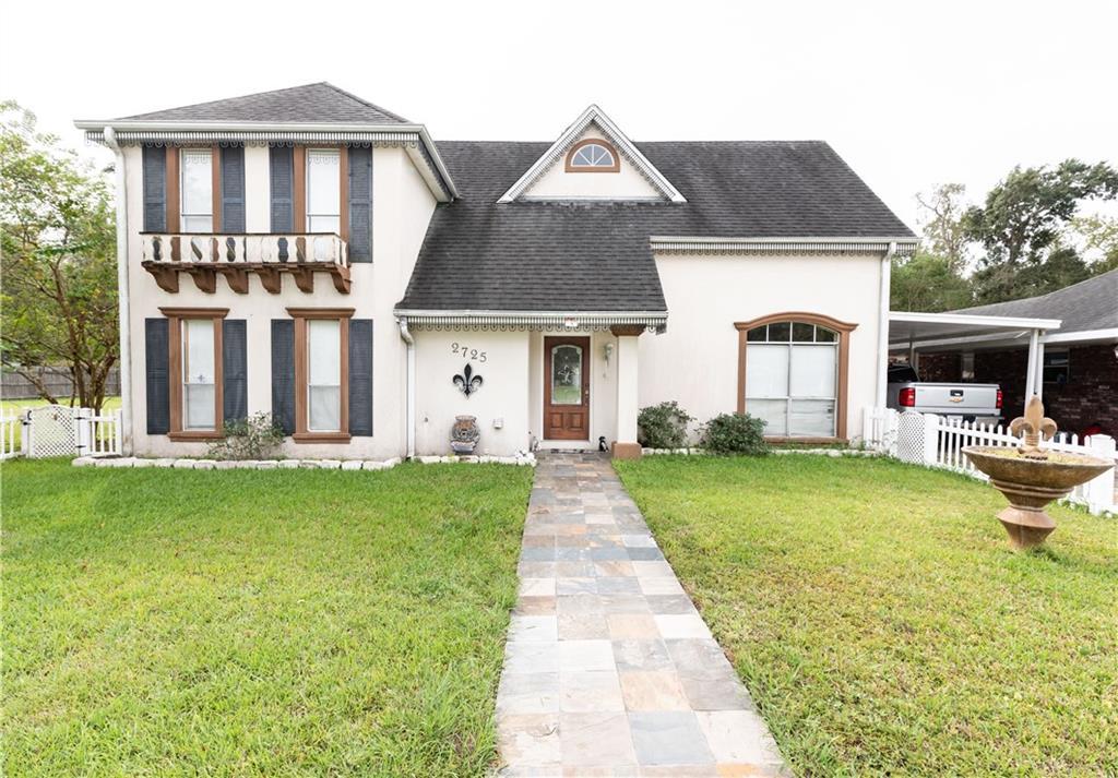住宅 为 销售 在 2725 SOUTHLAKE Boulevard Violet, 路易斯安那州 70092 美国