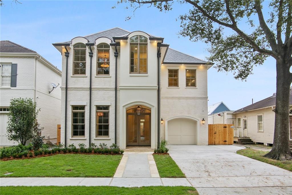 Residencial por un Venta en 249 E LIVINGSTON Place Metairie, Louisiana 70005 Estados Unidos