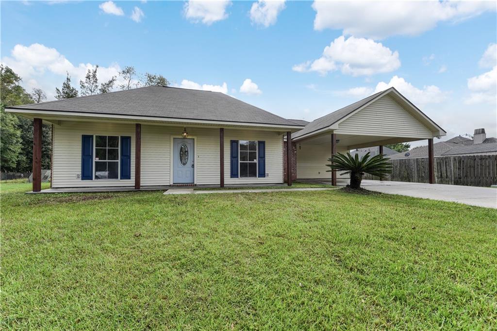 住宅 为 销售 在 44165 BAYOU Boulevard St. Amant, 路易斯安那州 70774 美国