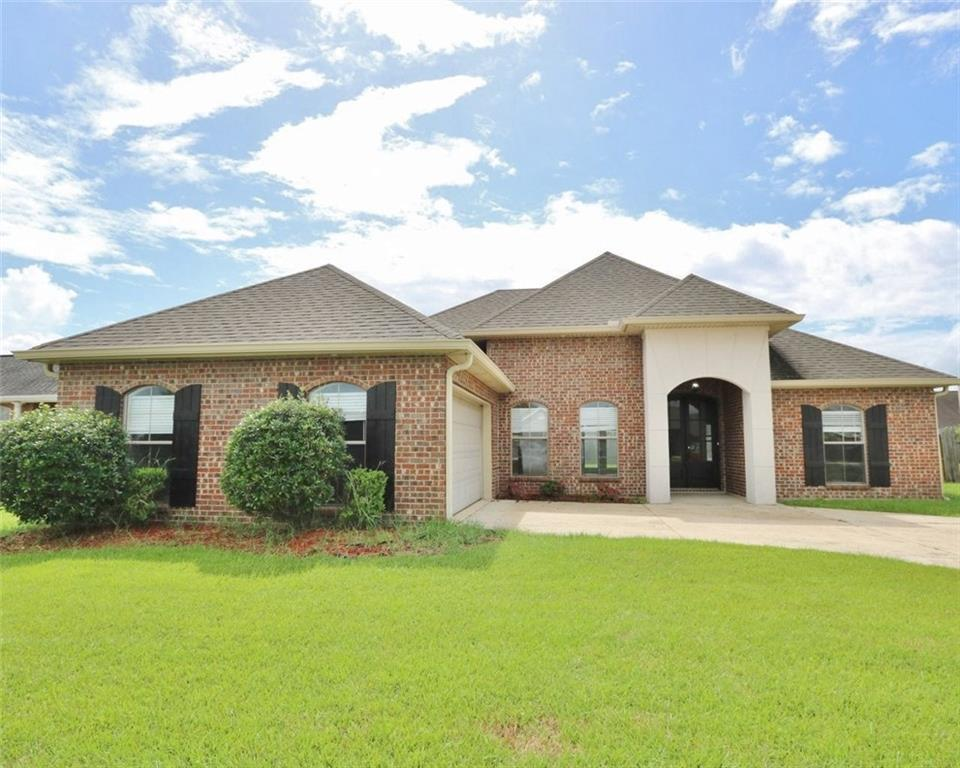 Residential for Active at 104 JENNY Court Montz, Louisiana 70068 United States