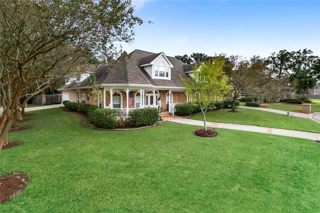 Residential for Active at 11 GAINSWOOD Drive Marrero, Louisiana 70072 United States