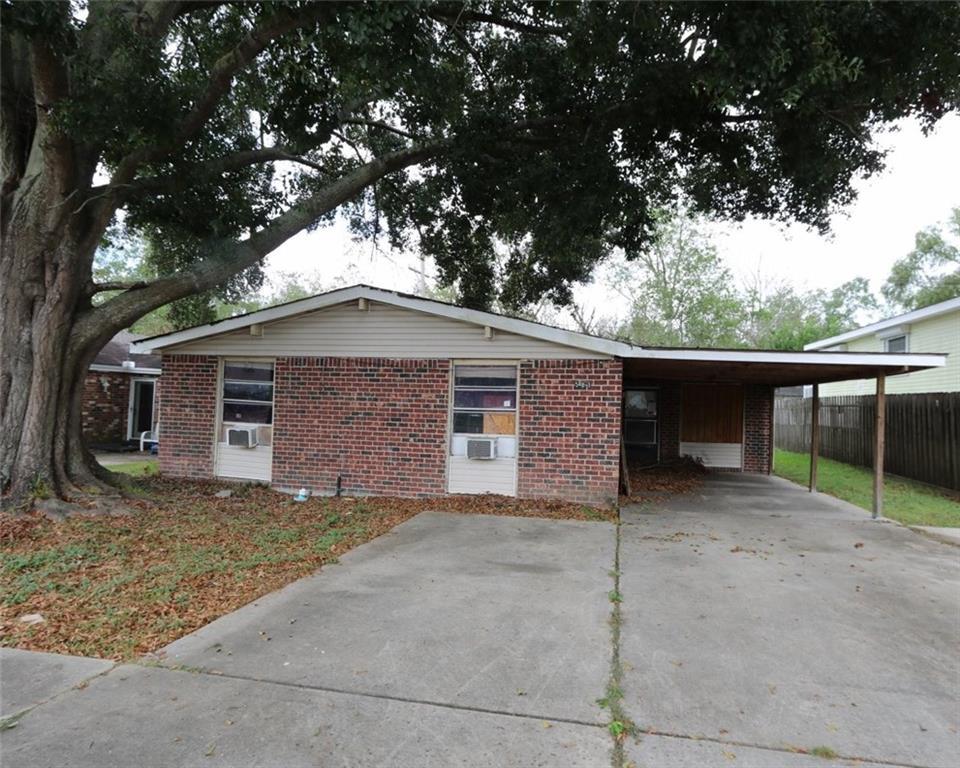 住宅 为 销售 在 581 PAT Drive Avondale, 路易斯安那州 70094 美国