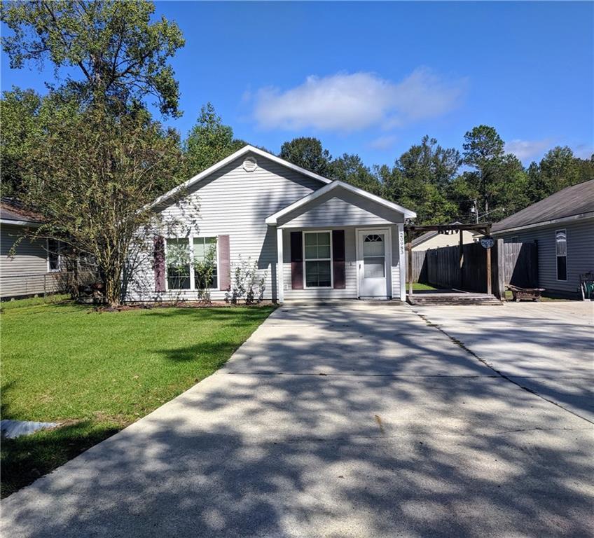 Residencial por un Venta en 20983 ILLINOIS Street Livingston, Louisiana 70754 Estados Unidos