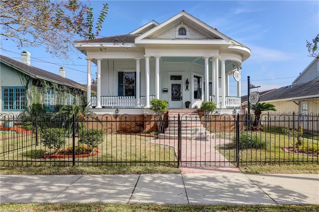 住宅 为 销售 在 424 W MAIN Street New Iberia, 路易斯安那州 70560 美国