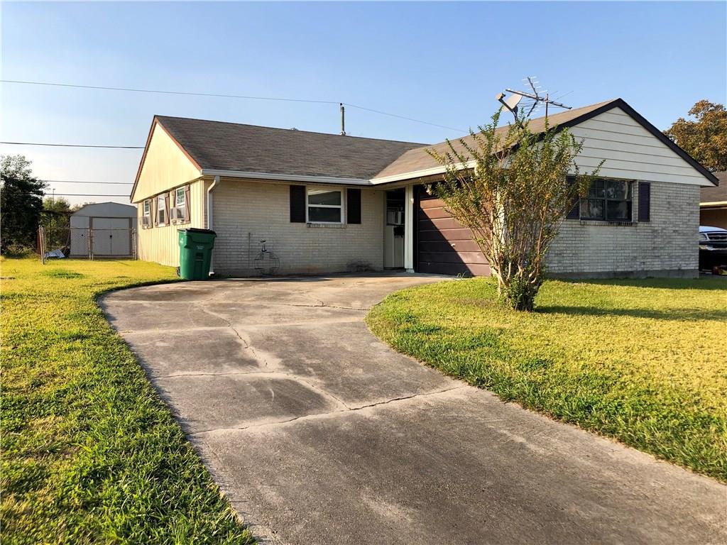 住宅 为 销售 在 168 N BETTY Lane Avondale, 路易斯安那州 70094 美国