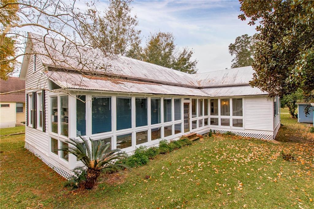 Residencial por un Venta en 2447 CYPRESS Street Lutcher, Louisiana 70071 Estados Unidos