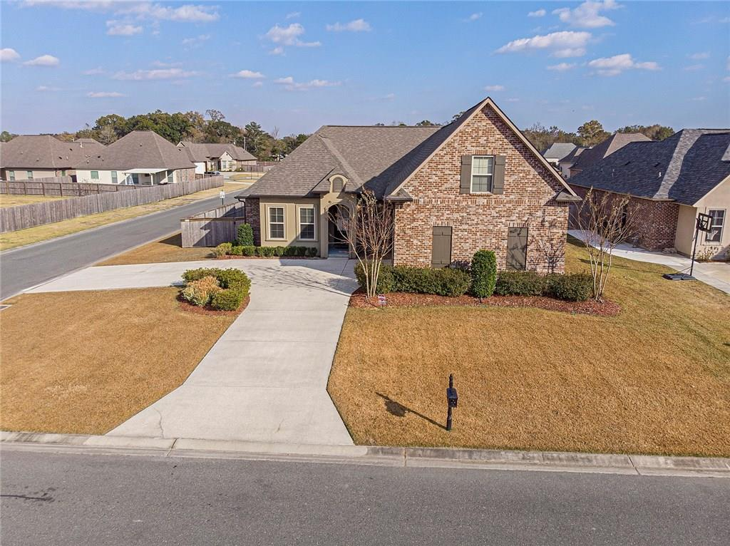 Residential for Active at 16426 WINBORNE Boulevard Prairieville, Louisiana 70769 United States